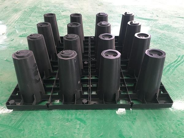 按雨水来源不同,雨水收集系统可分为三类