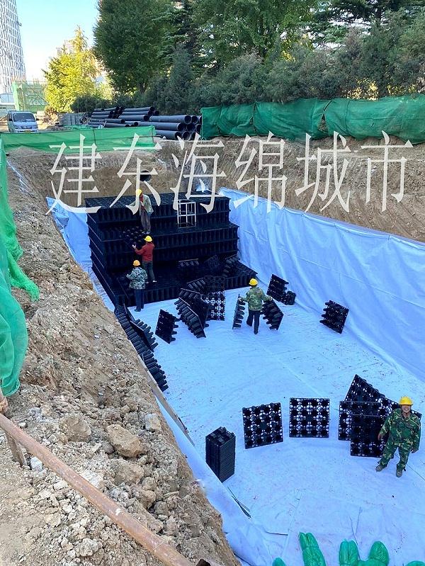 雨水收集系统在市政建设中的应用越来越多