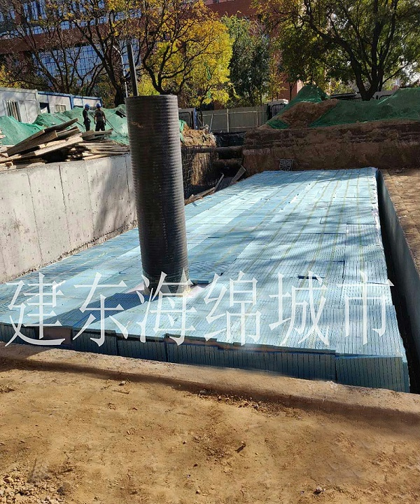 雨水收集池多少钱1立方